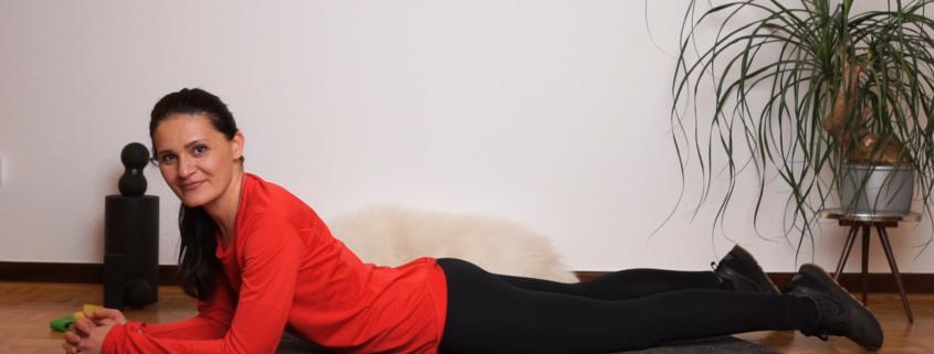IQ BODY FITNESS ADVENTSKALENDER 2019 #9 - Training Schulter Rücken